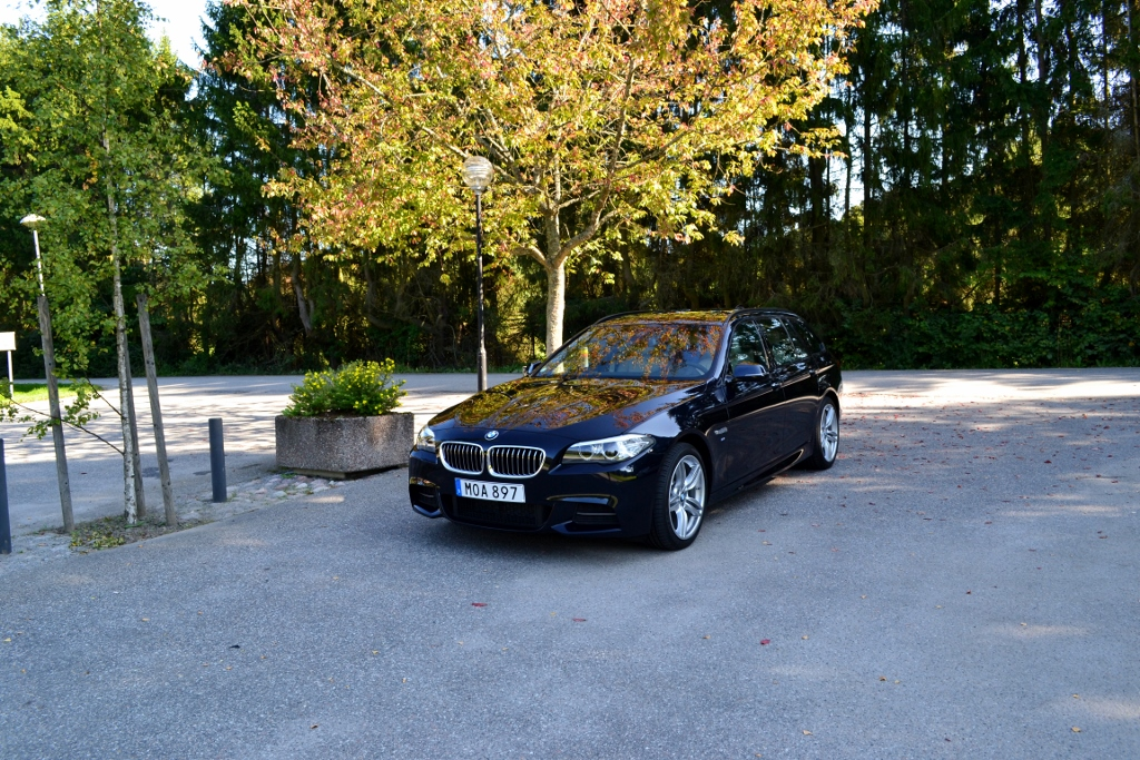 BMW 520d xDrive Touring (2)