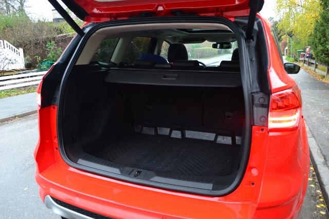 Ford Kuga 2014 (30) (640x427)