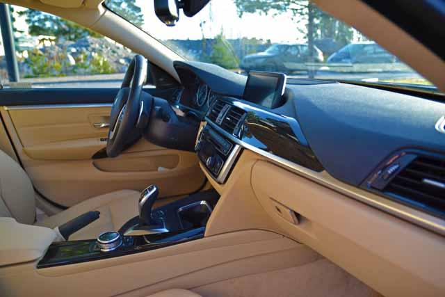 BMW 428i xdrive inredning (9)