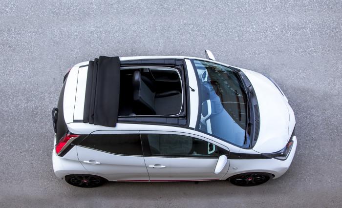 Toyota X-wave privacy 2