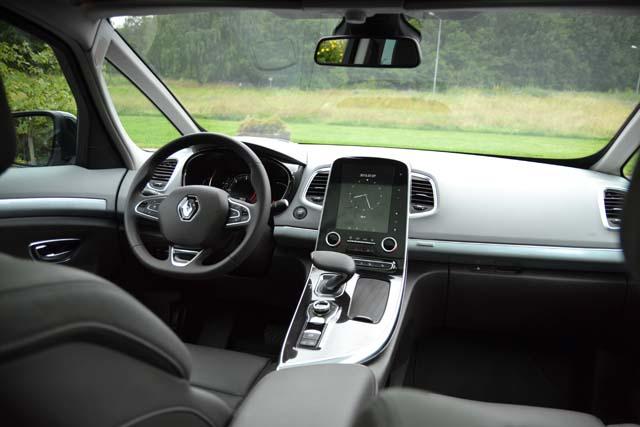 Renault Espace 2016 (10) 640