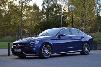 Mercedes-c63s